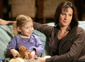SIX FEET UNDER: Brenna/Bronwyn Tosh, Rachel Griffiths. CR: John P. Johnson/HBO
